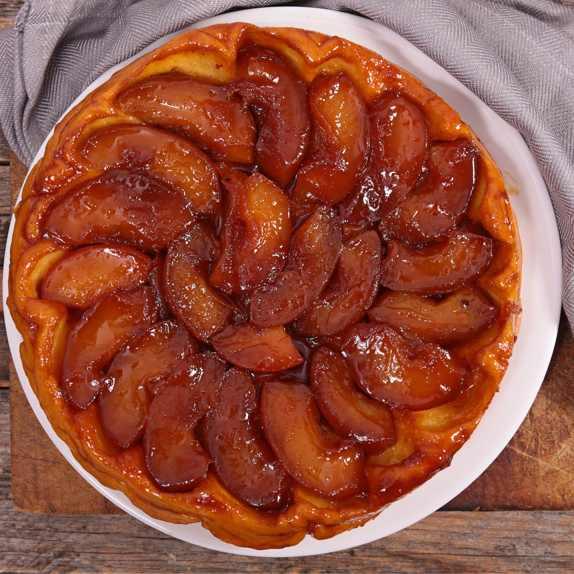 Apple_Tarte_Tatin.jpg