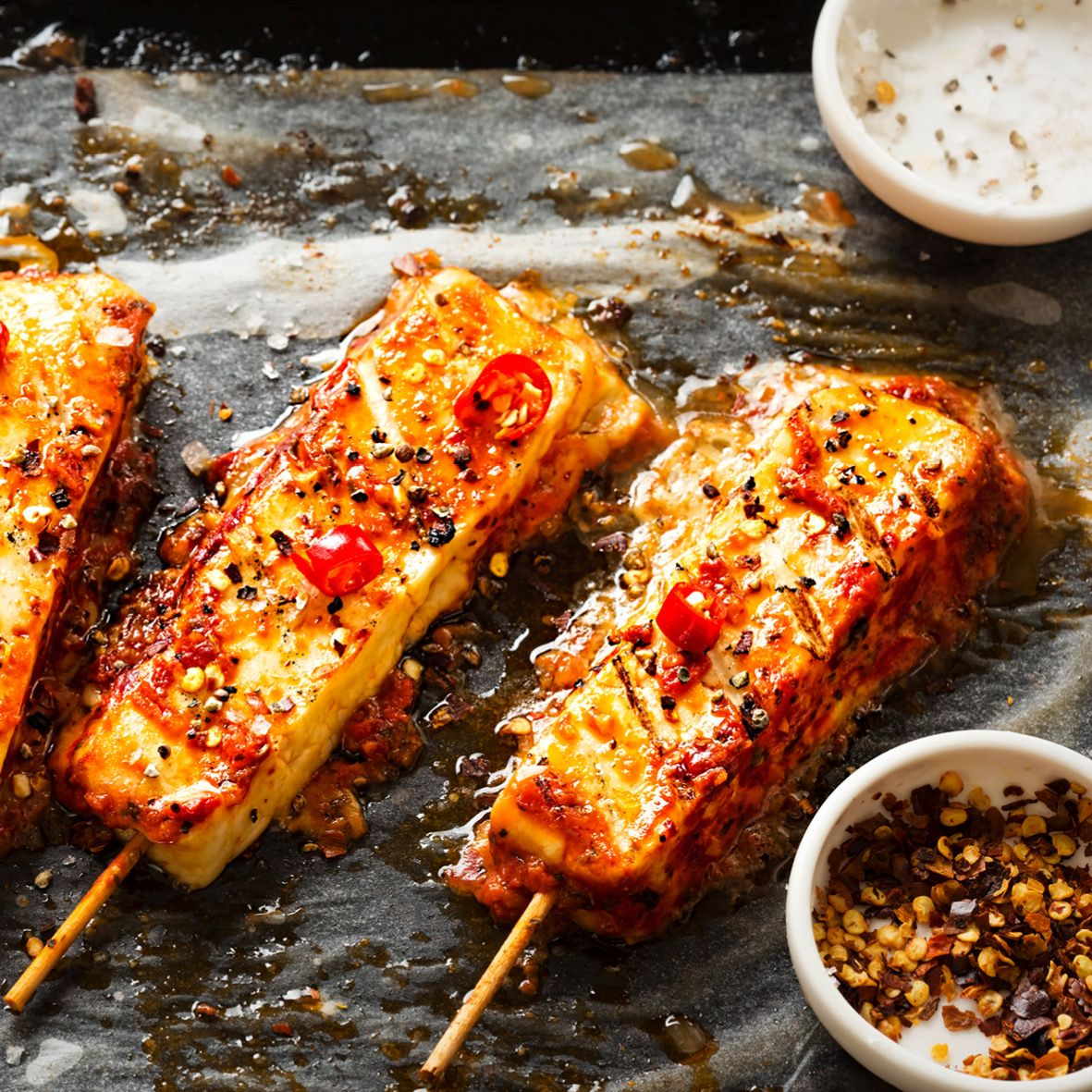 Spicy_halloumi_skewers_with_chilli.jpg
