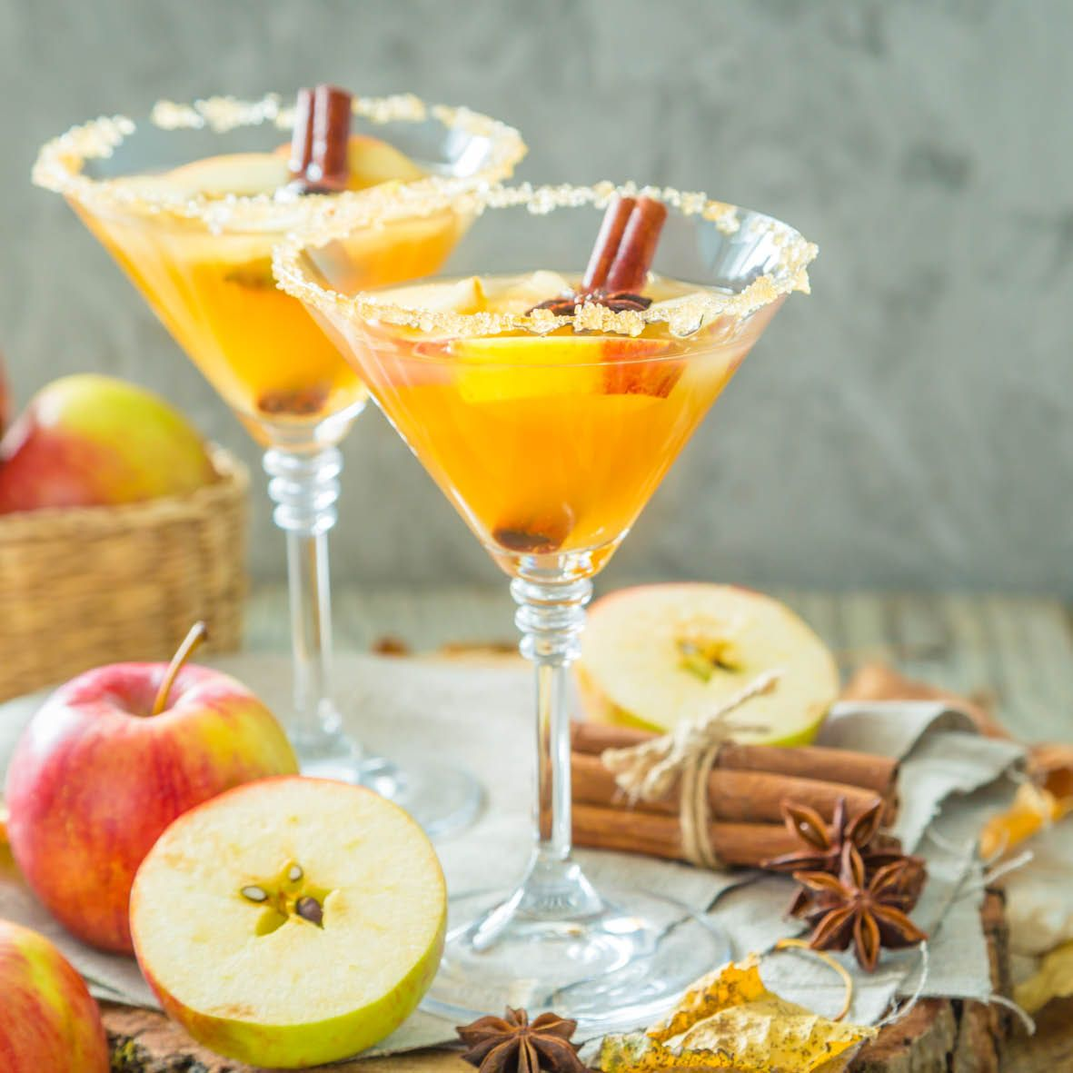 Peach Cinnamon Cocktail.jpg