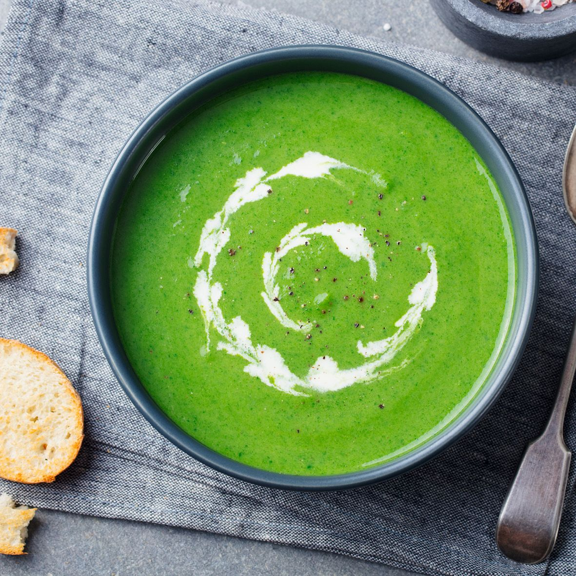broccoli_and_cashel_blue_cheese_soup.jpg