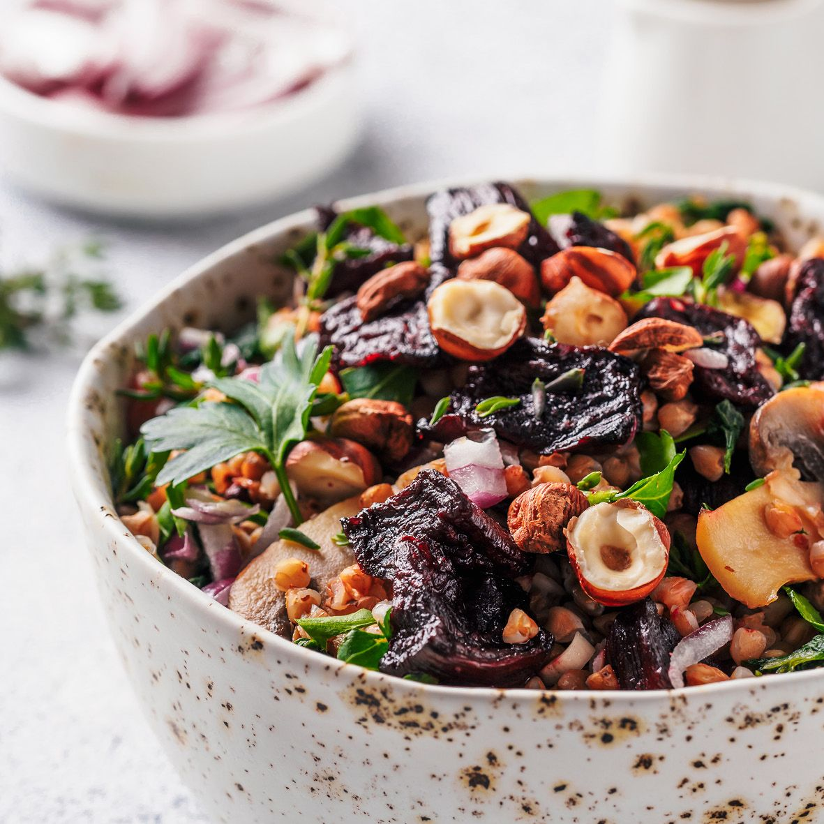 Warm_buckwheat_and_beetroot_salad.jpg