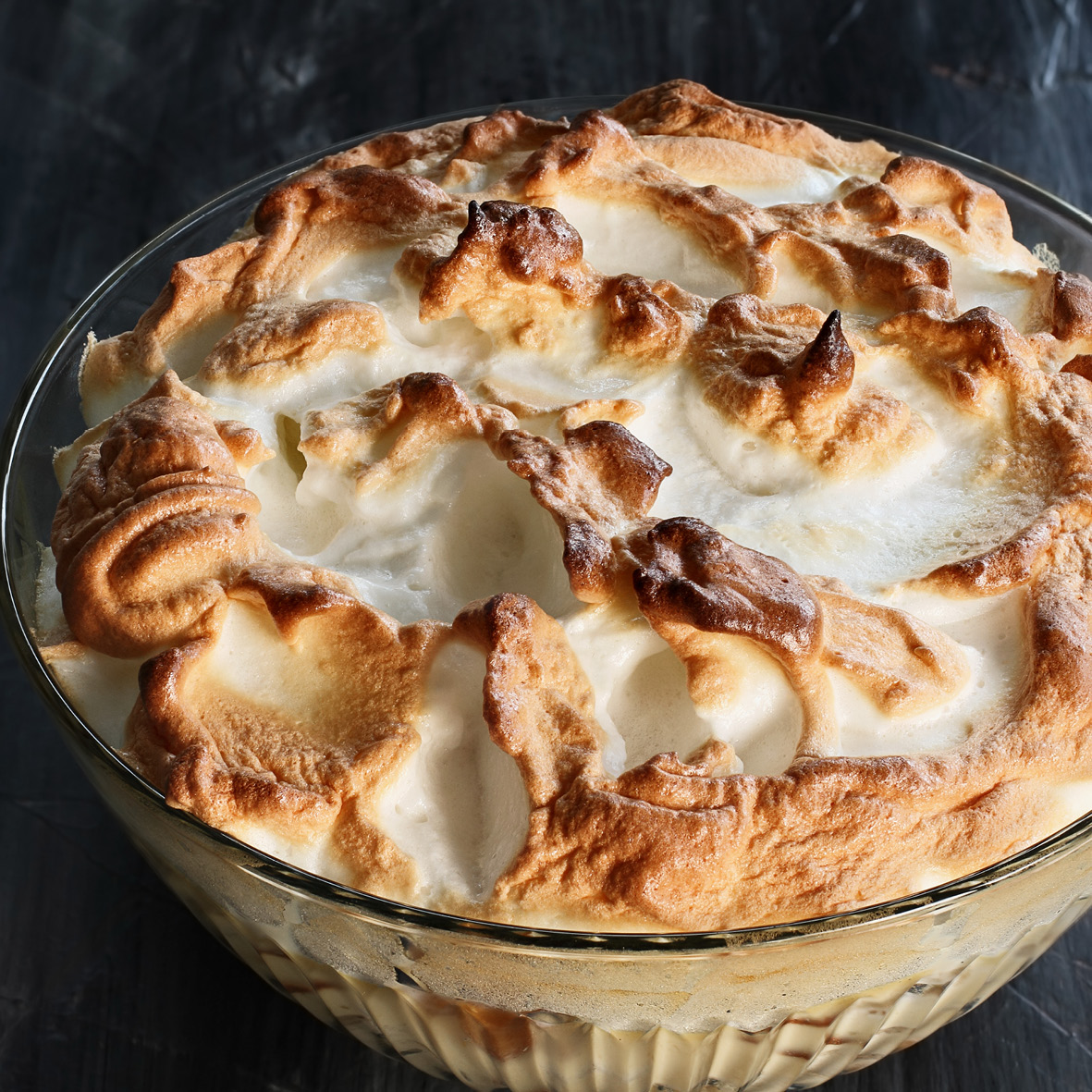 banana_pudding_with_meringue.jpg