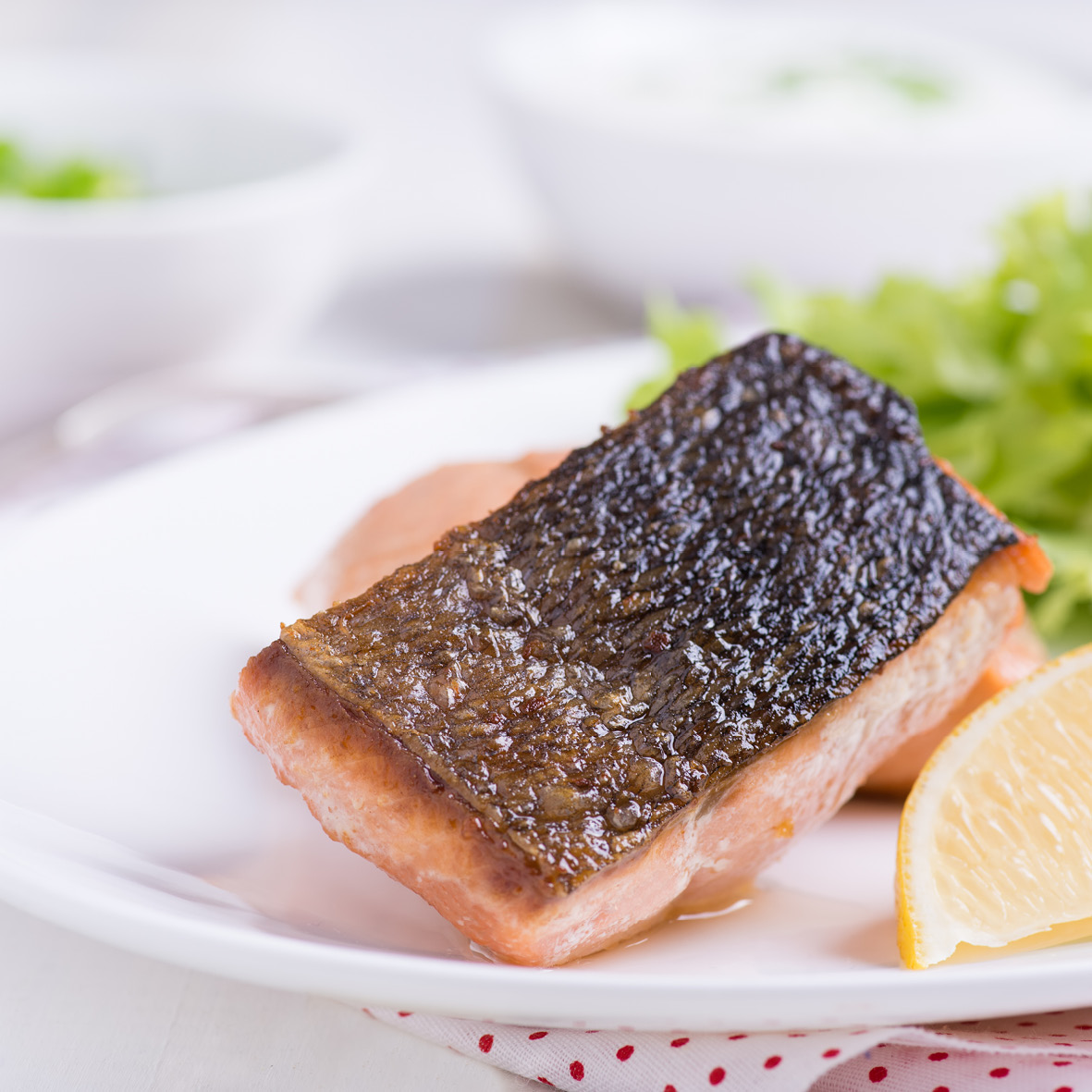 crispy_skin_salmon_with_potato_and_dill_salad.jpg