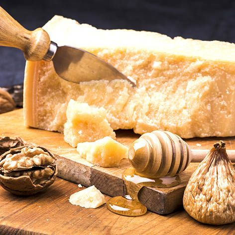 Whats_the_difference_between_..._Grana_Padano_and_Parmigiano-Reggiano2.jpg