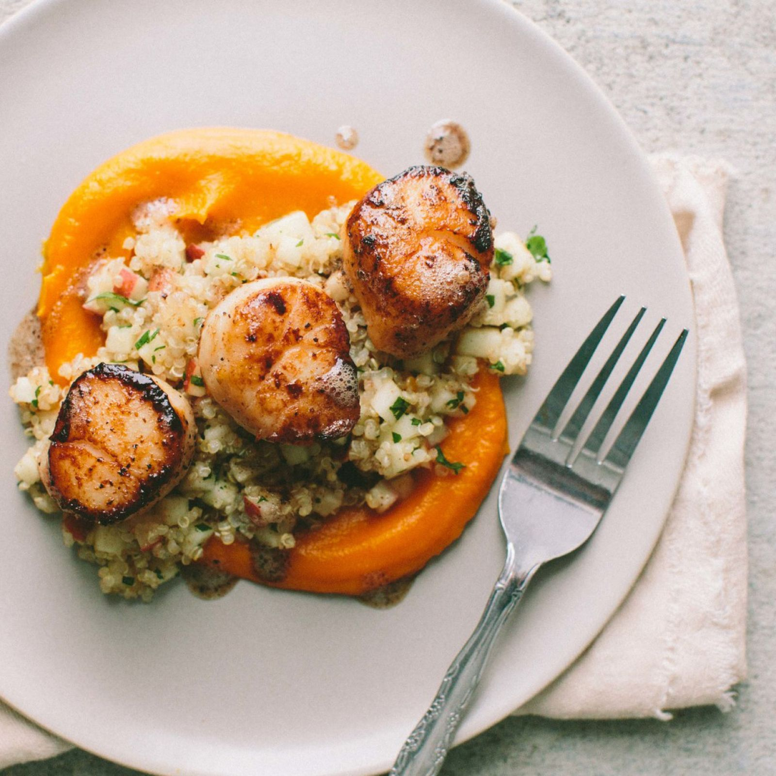 scallops_with_quinoa.jpg