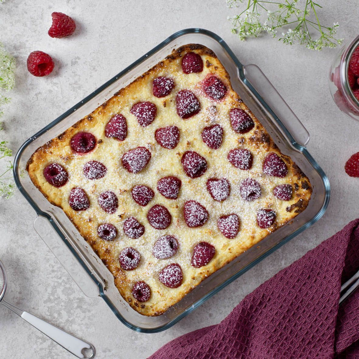 Raspberry_and_White_Chocolate_Pudding.jpg